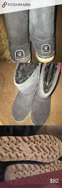 bearpaw womens boots size 9 this bearpaw boot features a sheepskin footbed and