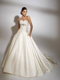 exclusive wedding dresses wedding dresses by jacquelin exclusive overlay wedding dresses