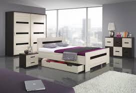 Choosing Bedroom Furniture Bedroom Attractive Modern Laminate Bedroom Furniture Day Bed