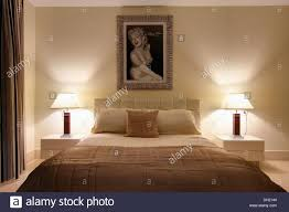 Marilyn Monroe Bedroom by Beige Quilt On Bed In Cream Country Bedroom With Chaise Longue In