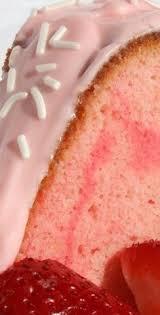 chocolate cream cheese pound cake recipe strawberry sauce