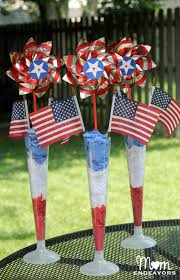 easy diy patriotic 4th of july table decor red white blue