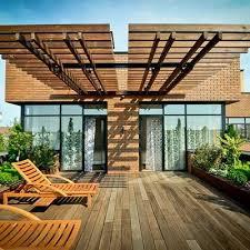 tettoie per terrazze preventivi per una copertura di terrazzo in legno habitissimo
