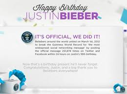 Happy Birthday Wishes For Singer Happy Birthday Justin Bieber Baby Singer Displays Toned Biceps As