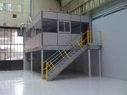 entrepot bureau bureau d atelier sur mezzanine cabine sur plateforme