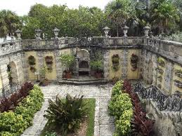 the secret garden picture of vizcaya museum and gardens miami
