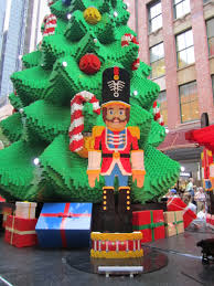 the massive lego christmas tree at westfield sydney