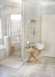 White Bathroom Floor Tile Ideas by Best 25 Accent Tile Bathroom Ideas On Pinterest Small Tile