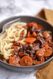 cuisiner de la joue de boeuf joue de bœuf aux carottes recette de viandes gourmandiseries