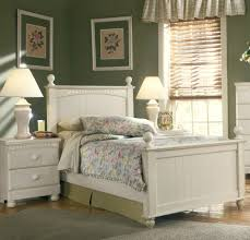 Avalon Bedroom Set Ashley Furniture Cottage Retreat Twin Poster Bed By Ashley Home Gallery Stores