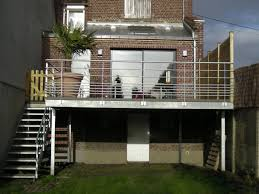 terrasse en bois suspendue terrasse metallique bâtiment cerh metallerie pour l u0027industrie