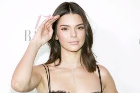 country with femle pubic hair kendall jenner fans mistake fringe on underwear for pubic hair in