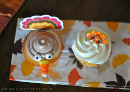 thanksgiving turkey cupcakes how to bake too cute thanksgiving turkey cupcakes kristen hewitt