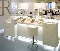 we love u003e design retail putman helena rubinstein japon