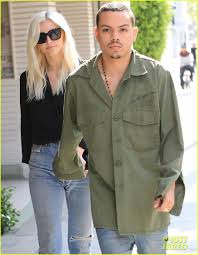 Ross Store Baby Clothes Ashlee Simpson Holds Hands With Hubby Evan Ross In Beverly Hills