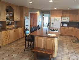 how do i remodel kitchen and keep maple cabinets