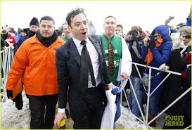jimmy fallon takes the polar plunge in chicago photo 3065822