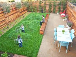 Backyard Kid Activities by 20 Aesthetic And Family Friendly Backyard Ideas