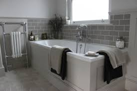 Tiles For Bathrooms Uk Love Gray Subway Tile With White Grout But The Room Could Use A