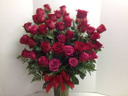 3 dozen roses roses roadrunnerfloristbasketexpress
