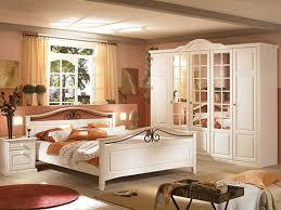 schlafzimmer saremo pinie weiß schlafzimmersets von massivum