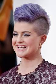 very short pixie hairstyle with saved sides 40 pixie haircut for curvy ladies nona gaya