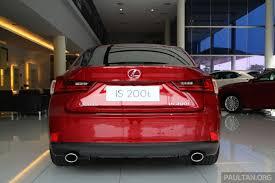 lexus is 200t specs gallery lexus is 200t luxury spec in showroom image 388860