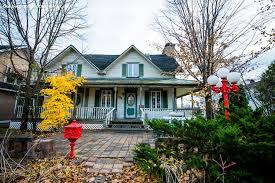 Cottage Rental Ottawa by Cottage Rental Québec Outaouais Montebello Waterfront Cottage