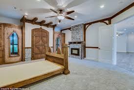 star trek bedroom star trek themed home in friendswood texas goes on sale for 1 2