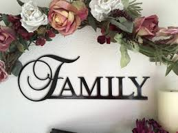 Best Selling Home Decor Family Sign Metal Family Sign Wall Decor Gift Home Decor Best