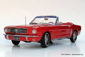 ford mustang 1964 ertl 1 18 1964 ford mustang convertible diecast zone
