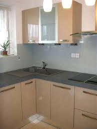 cuisine en verre blanc plans de travail pour cuisine acquipace plan de travail en verre