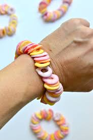 edible candy jewelry candy bracelets fork and beans