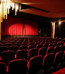salle de cinema chez soi ciné concerts expos les avantages des sorties en solo