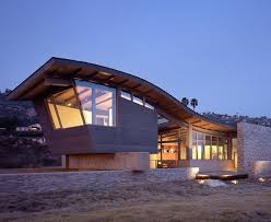 beach house design unusual roof design adds interest to beach house