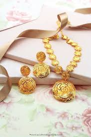 fashion jewellery necklace set images 385 best light weight gold jwellery images beaded jpg