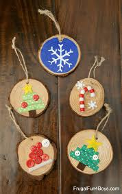 how to make adorable wood slice christmas ornaments