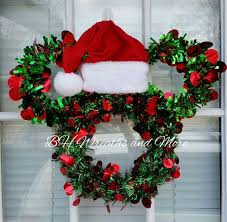 Christmas Mice Decorations Mickey Mouse Lovers Decorate For Christmas With This Extremely