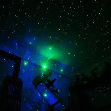 chambre etoile projecteur d étoiles pour sa chambre chambre bébé