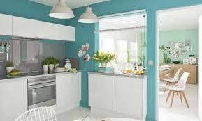 cuisine bleu turquoise décoration cuisine mur bleu turquoise 36 bordeaux couleur