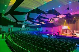 kansas city area church lit with chroma q inspire led house lights