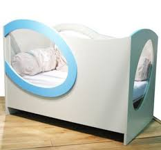 chambre bebe altea la question du lit en plexiglas le baby doctissimo