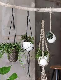 Simple Macrame Plant Hanger - 30 macram礬 plant hanger patterns inhabit zone
