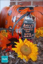 Halloween Candy Jars by How To Limit Halloween Candy Get Tricky With Those Treats