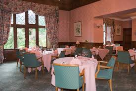 file kildrummy castle hotel dining room jpg wikimedia commons