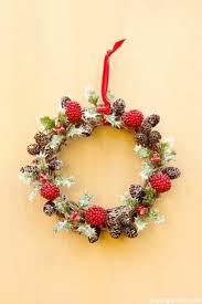 a berry vine wreath ornament