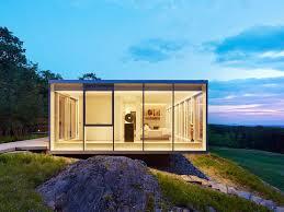 Incredible Houses Toshiko Mori U2013designed Glass Houses Dot This Incredible Hudson