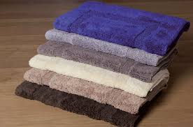 tappeti da bagno tappeti per il bagno quando e come usarli koh i noor