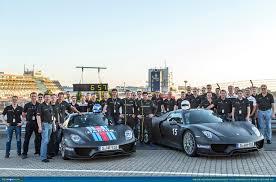 ausmotive porsche 918 spyder claims nà rburgring lap record
