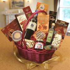 customized gift baskets custom gift basket